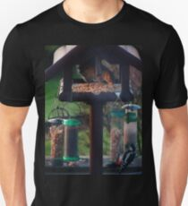 Wildlife welcome Unisex T-Shirt