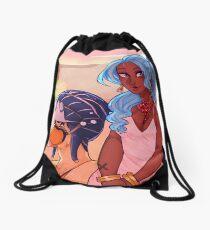 vivi and carue Drawstring Bag