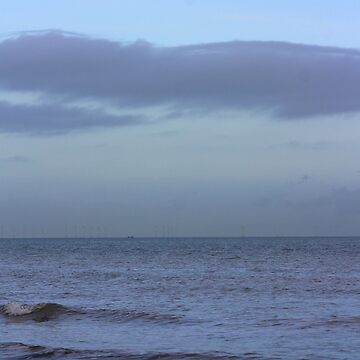 Stormy horizon over Ramsgate by chihuahuashower