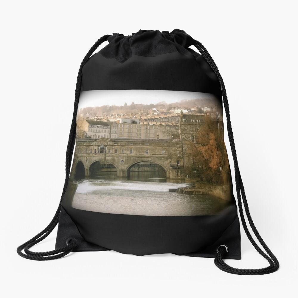 Pulteney Bridge crossing the river Avon in Bath, Somerset County, England Drawstring Bag