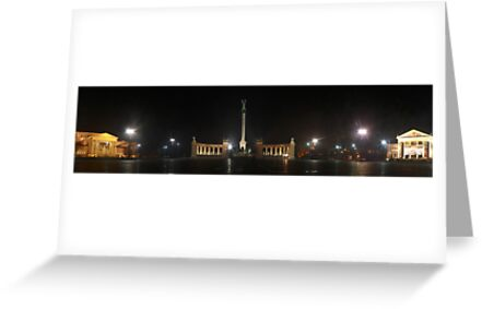 Hősök Tere by night (panoramic view) by zumi