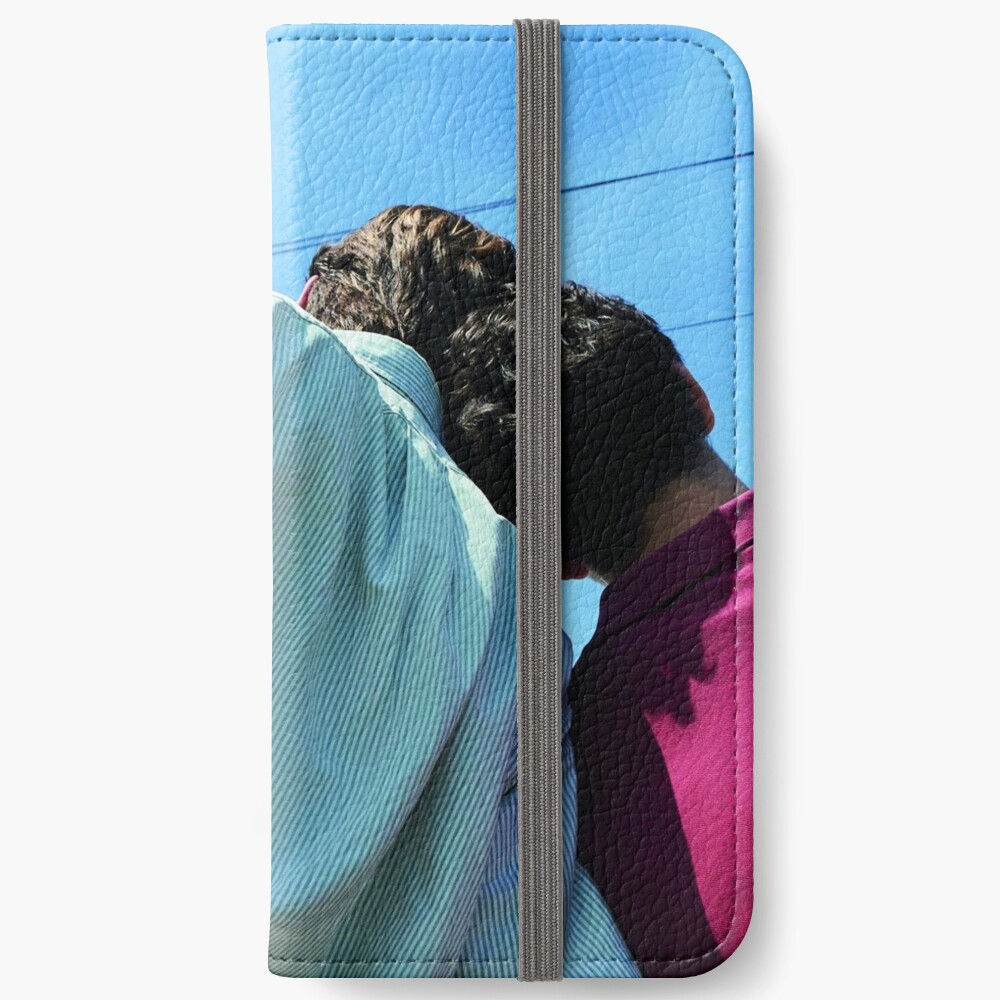 107 iPhone Flip-Case