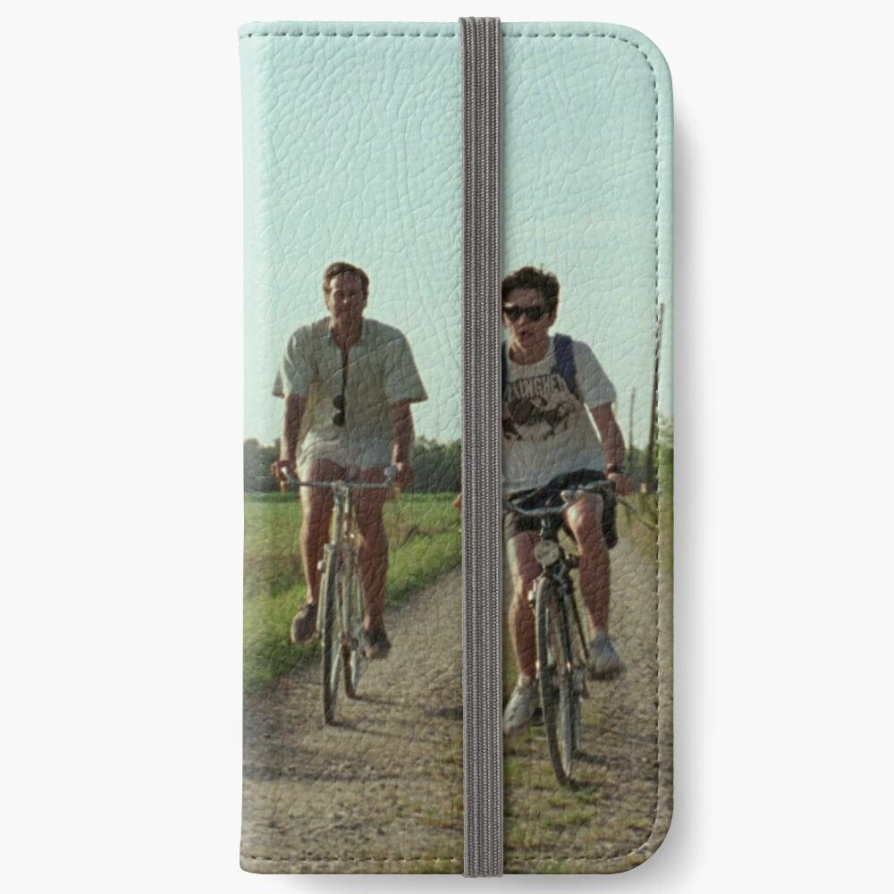 150 iPhone Flip-Case
