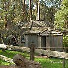 settlers cottage, Korumburra, Gippsland, Victoria by BronReid