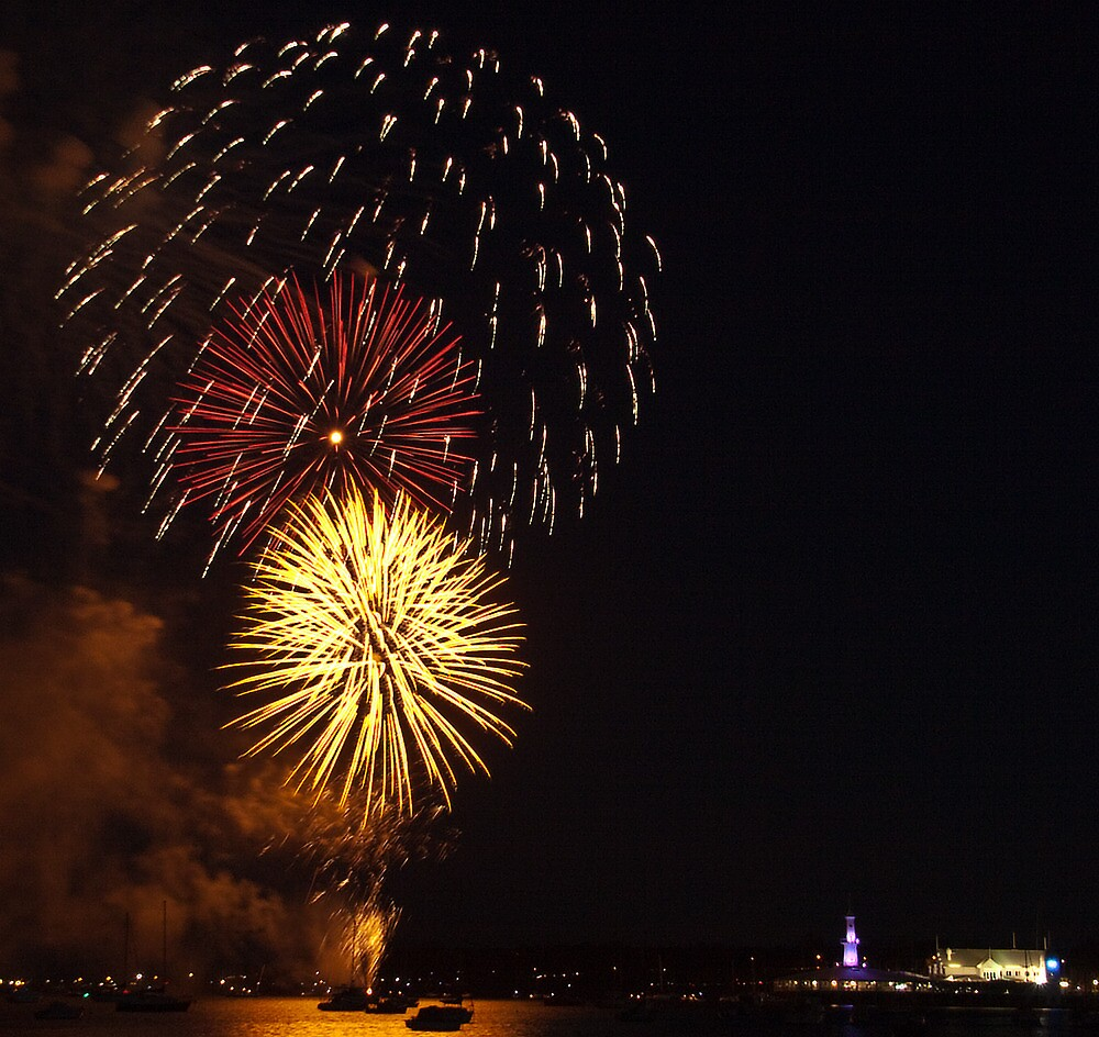 Australia Day Eve fire works by Lynden
