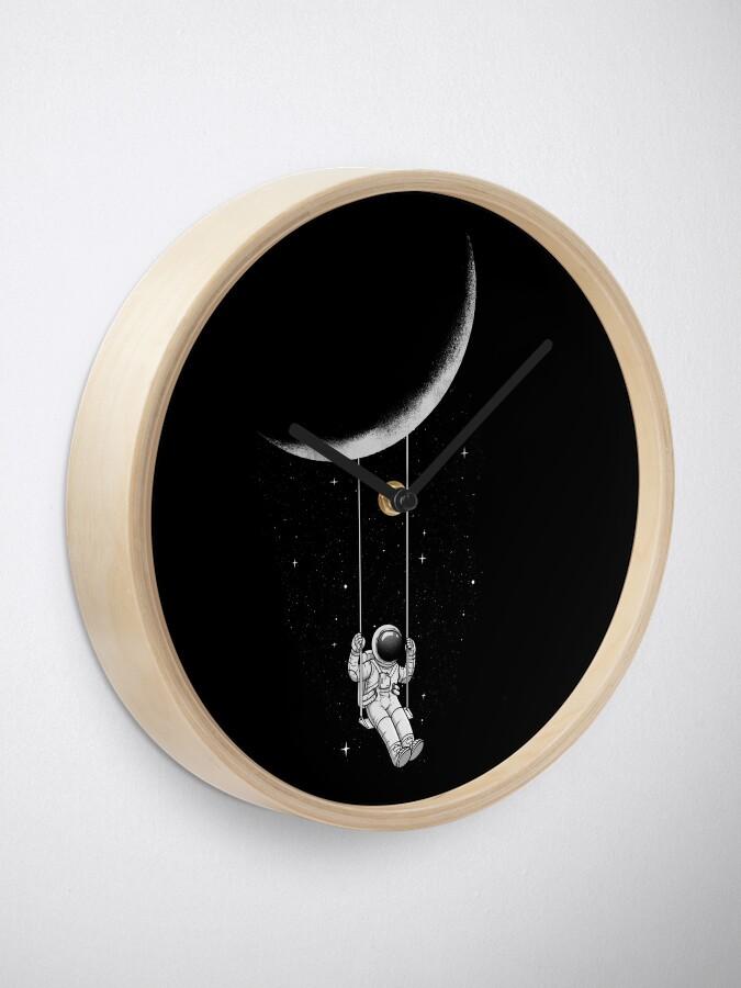 Alternate view of Moon Swing Clock