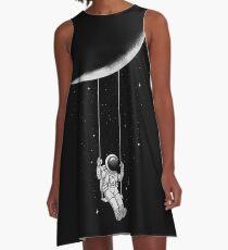 Mondschaukel A-Linien Kleid