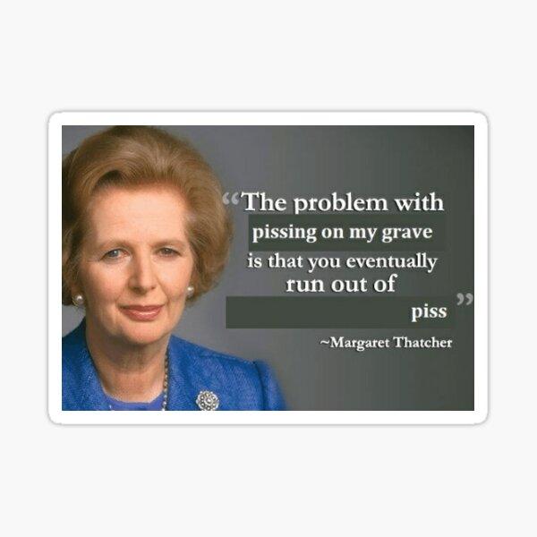 Orinando en la tumba de Thatcher Pegatina