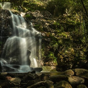 Beautiful waterfall in Cabreia Portugal by homydesign