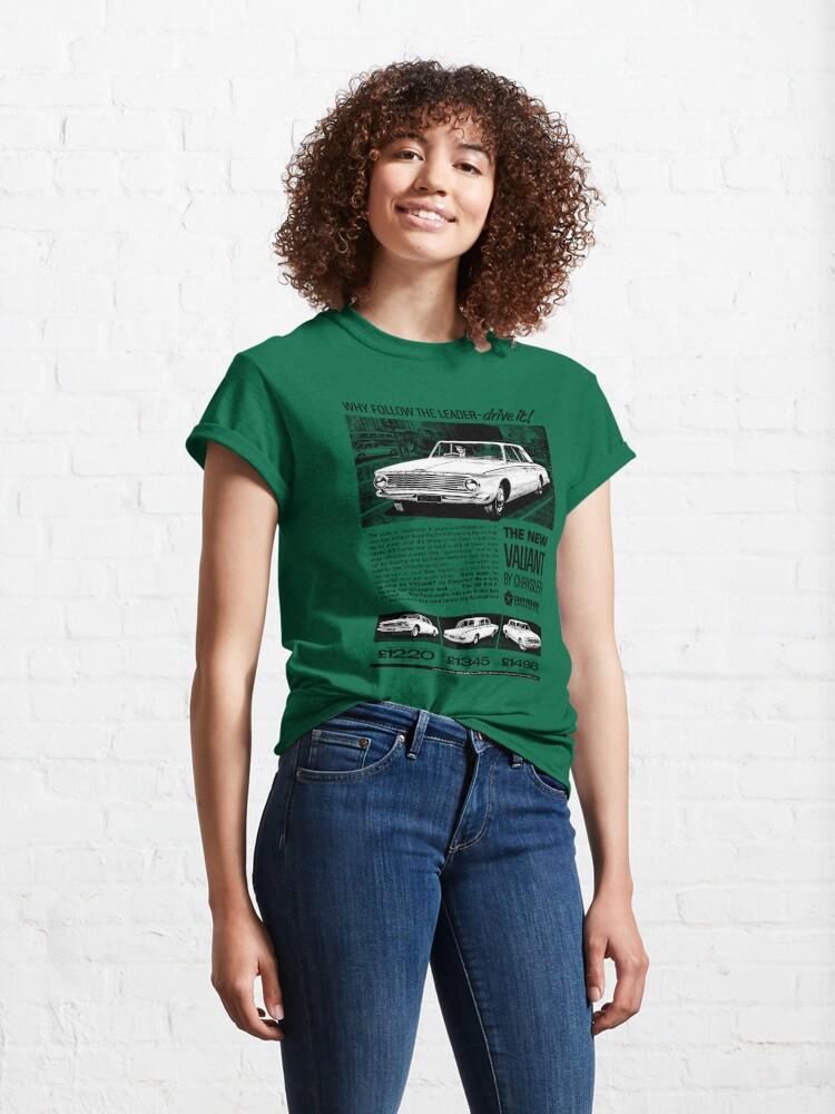 Alternate view of CHRYSLER VALIANT Classic T-Shirt