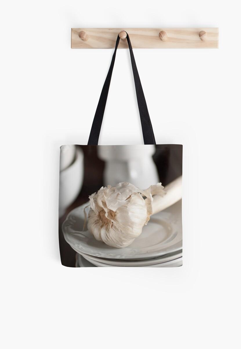 Garlic by Ilva Beretta