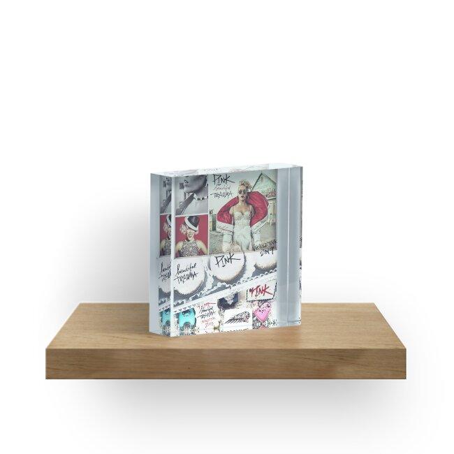 Yiker-Plakatbandmusik-Rosa New York-Wörter von irenaxsica