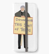 Pater Ted Vorsicht jetzt iPhone Flip-Case/Hülle/Klebefolie