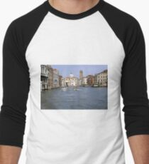 Boats on the canal Men's Baseball ¾ T-Shirt