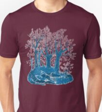 Know the fox for its forest. T-Shirt