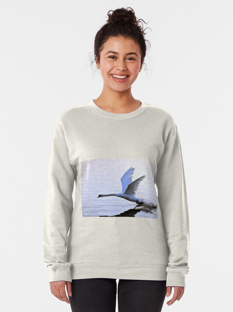 Alternate view of Swan comes to rest on the water Pullover Sweatshirt