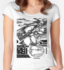 N a g i s a // 2 Tailliertes Rundhals-Shirt