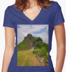 Launceston Castle Women's Fitted V-Neck T-Shirt