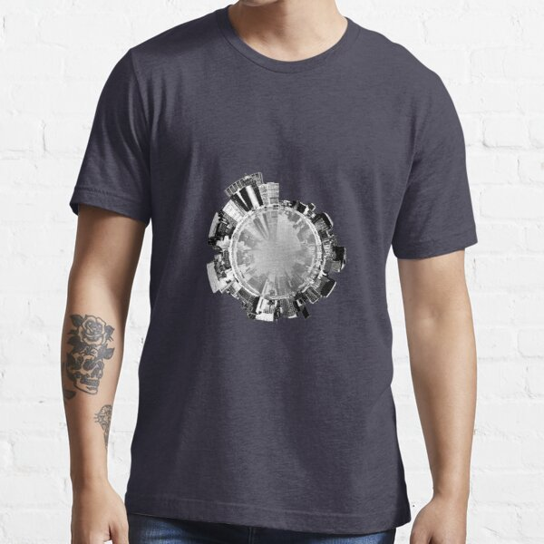 Manhattan 360. Essential T-Shirt