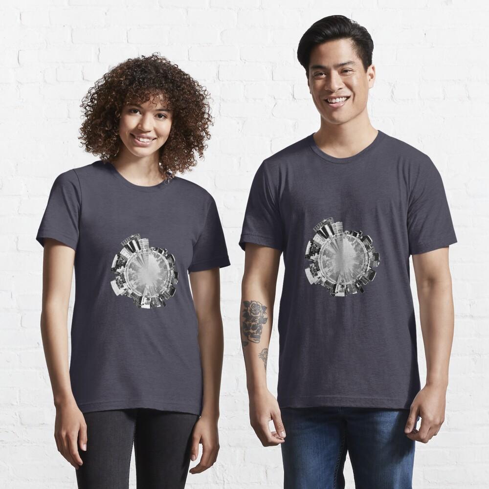 Manhattan 360. Essential T-Shirt