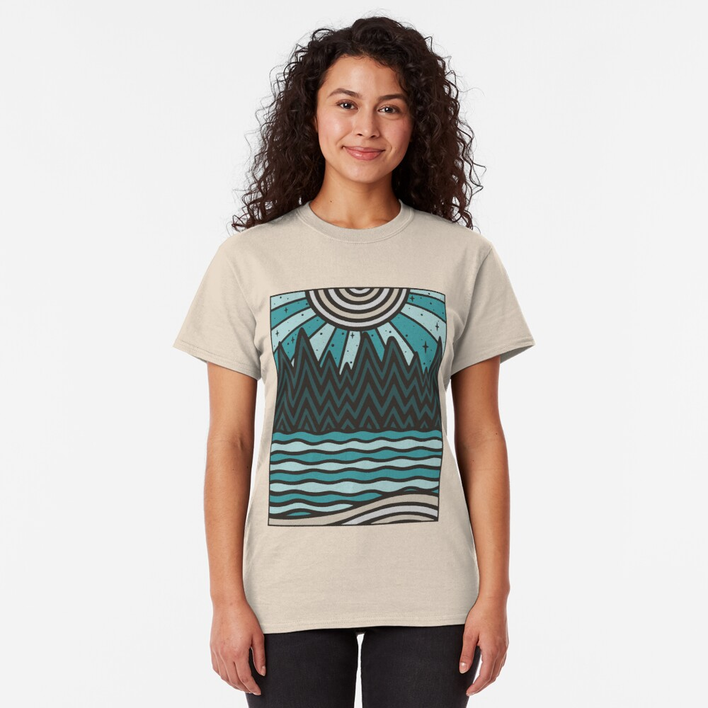 UP NORTH Classic T-Shirt