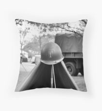 1st Infantry Division Throw Pillow