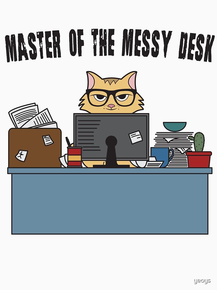 Master Of The Messy Desk Nerdy Cat - Messy Desk Gift von yeoys