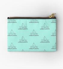 Paper boat - Papierschiffchen - Origami Studio Clutch
