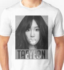 Taeyeon, 11:11 Slim Fit T-Shirt