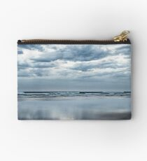 Storm is coming Zipper Pouch