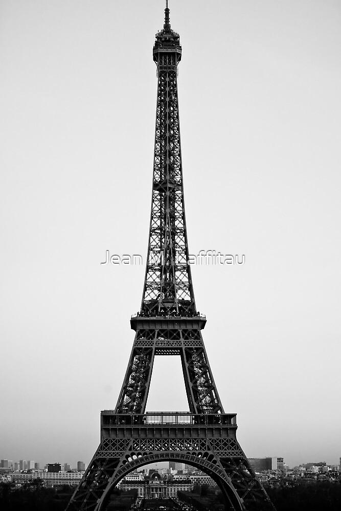 Tour Eiffel (Paris, France) by Jean M. Laffitau