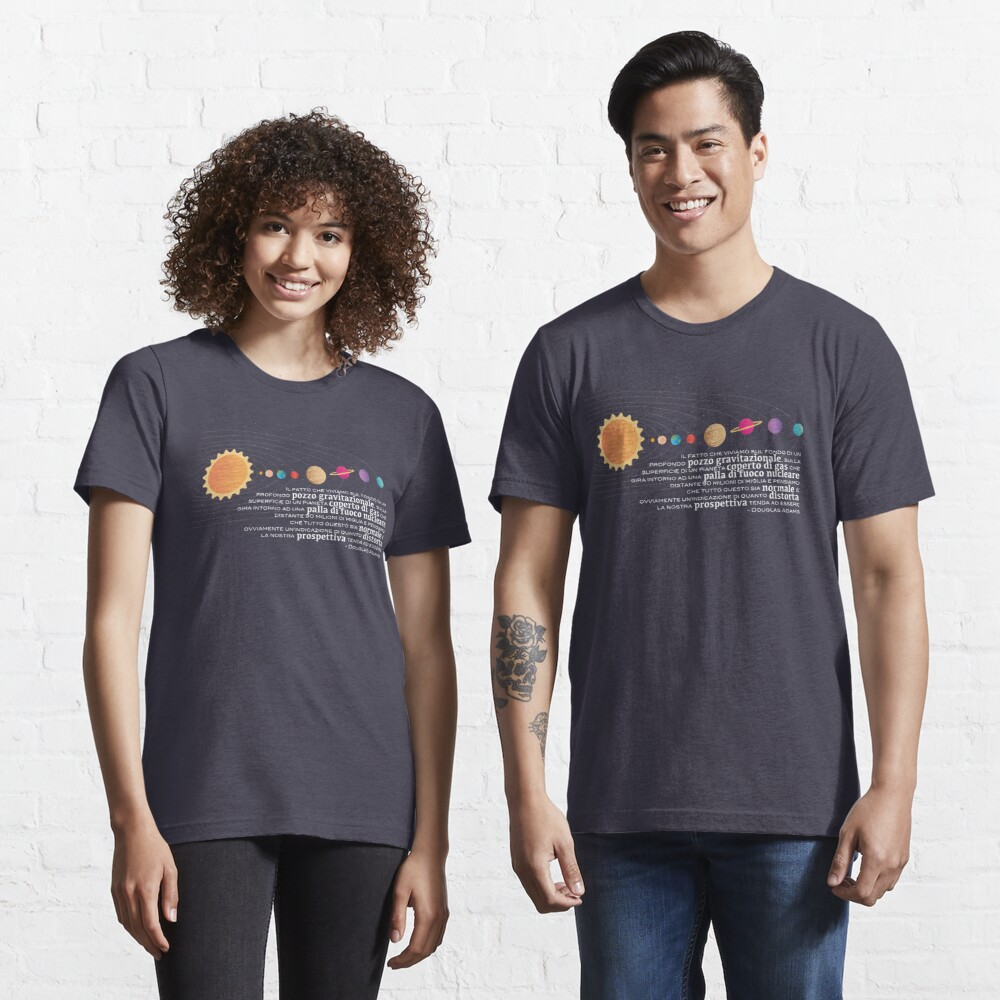 Douglas Adams Citazione ITA Essential T-Shirt