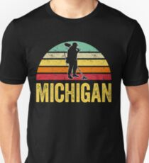 Michigan Treasure Finding Apparel Metal Detecting Gift Unisex T-Shirt