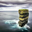«Downpatrick Head, Irlanda. (Pintura.)» de Colin Majury