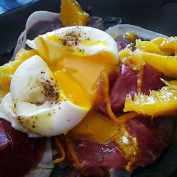 Poached egg on bresaola and orange supremes by RecipeTaster