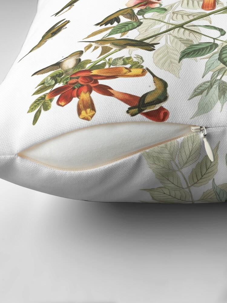 Alternative Ansicht von Rubinkehlkolibri - John James Audubon Bodenkissen
