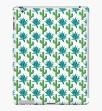 Cactus & Agave Pattern - White iPad Case/Skin