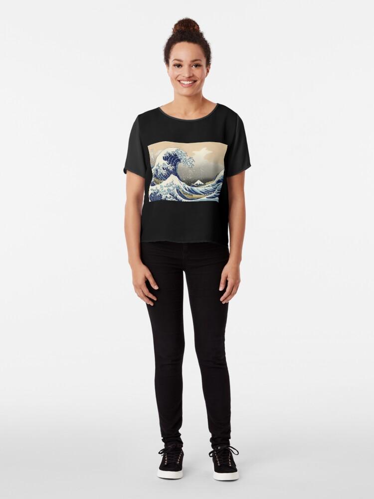 """Alternative Ansicht von """"Die große Welle vor Kanagawa"""" von Katsushika Hokusai (Reproduktion) Chiffon Top"""