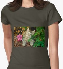 Cutie young kitten on a wicker basket  T-Shirt