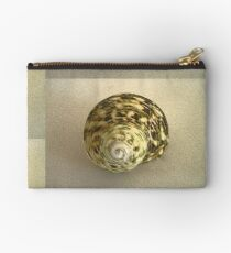 Shell  Studio Pouch
