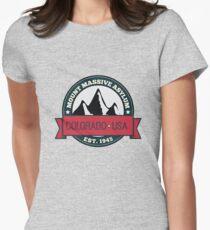 Outlast - Mount Massive Asylum Crest Women's Fitted T-Shirt