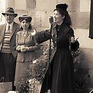 Miss Lola Lamour sings 1940s songs by patjila