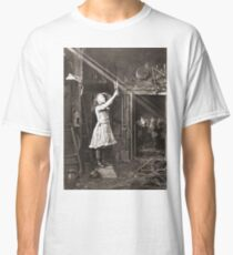 Striking Historical Photo That Bring the Past to Life #HistoricalPhoto #Historical #Photo #vintage #clothing, #people, #adult, #group, #child, #vertical, #brown, #photography, #clothing, #women, #men Classic T-Shirt