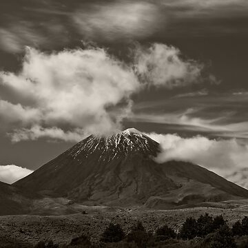 Mt. Ngauruhoe - New Zealand ... aka Mt. Doom - Middle Earth by JaykAt