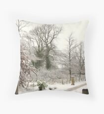 winters tale of the countryside Throw Pillow