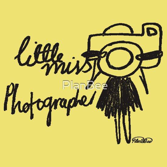 TShirtGifter presents: Little Miss Photographer