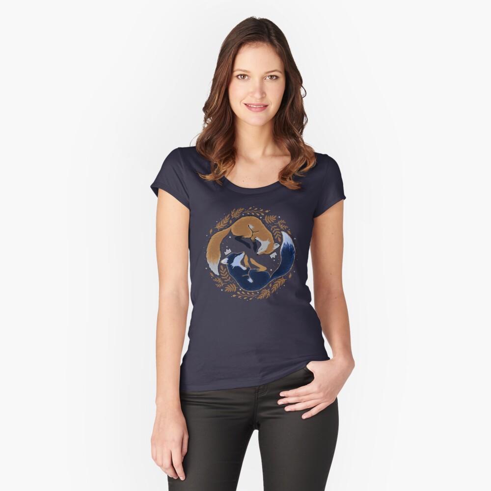 Nachtfüchse Tailliertes Rundhals-Shirt