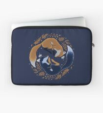 Night foxes Laptop Sleeve