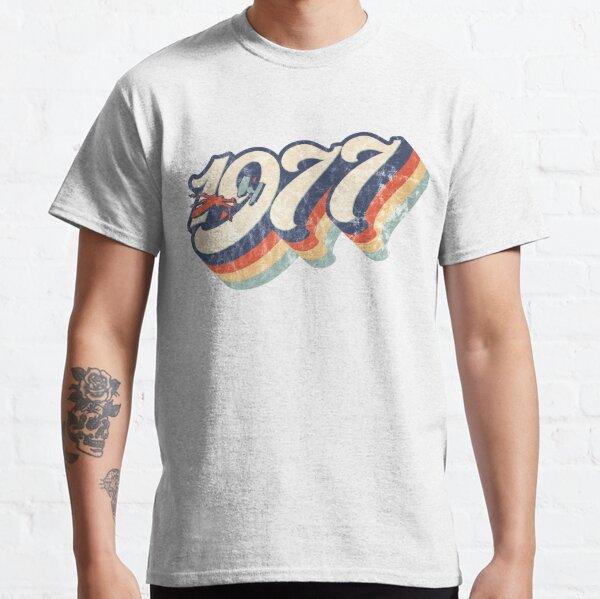 1977 Retro Dog Fight Classic T-Shirt