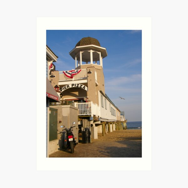 Pizza on the Pier Art Print